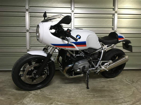 BMW R NINE T Racer 1